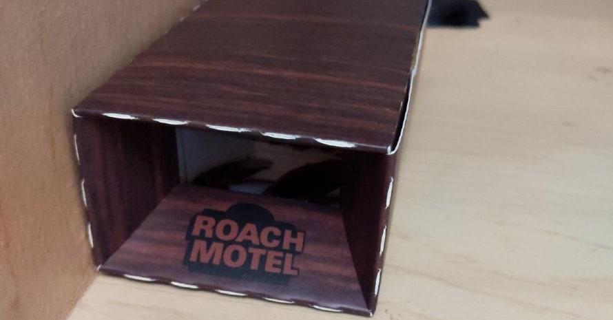 Black Flag 8 traps Roach Motel Cockroach