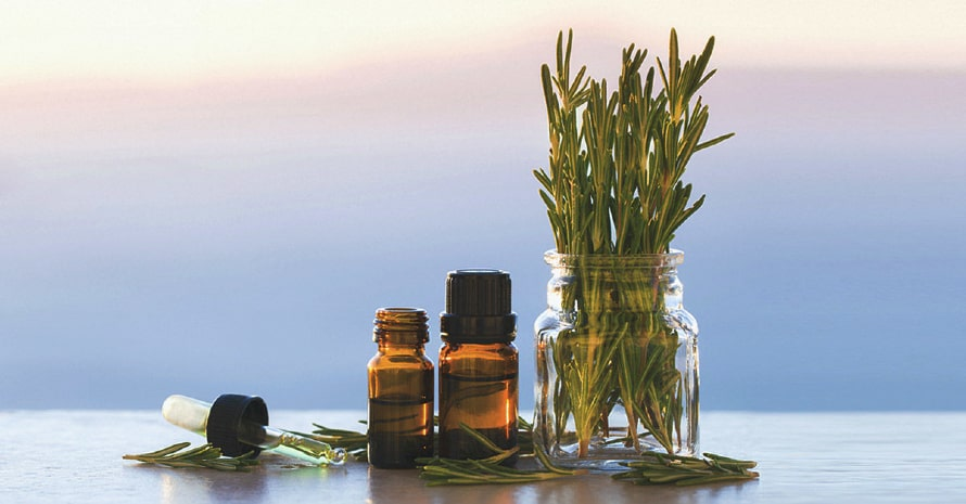 Lemongrass oil and rosemary oil