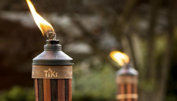 Best Tiki Torch Fuel for Mosquitoes in 2021: Expert Reviews