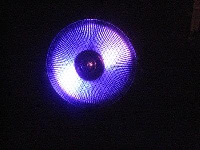 uv-light behind the mesh